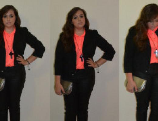 Look com blusa neon