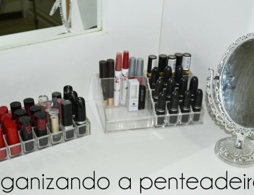 Organizando penteadeira e doando maquiagens