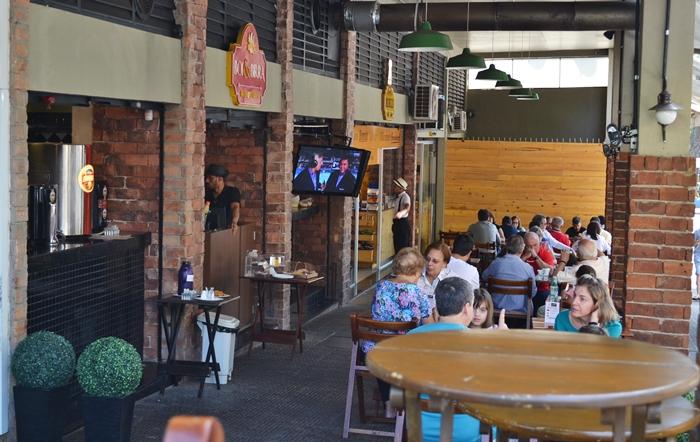 Calçadão reúne o melhor da gastronomia no Gutierrez