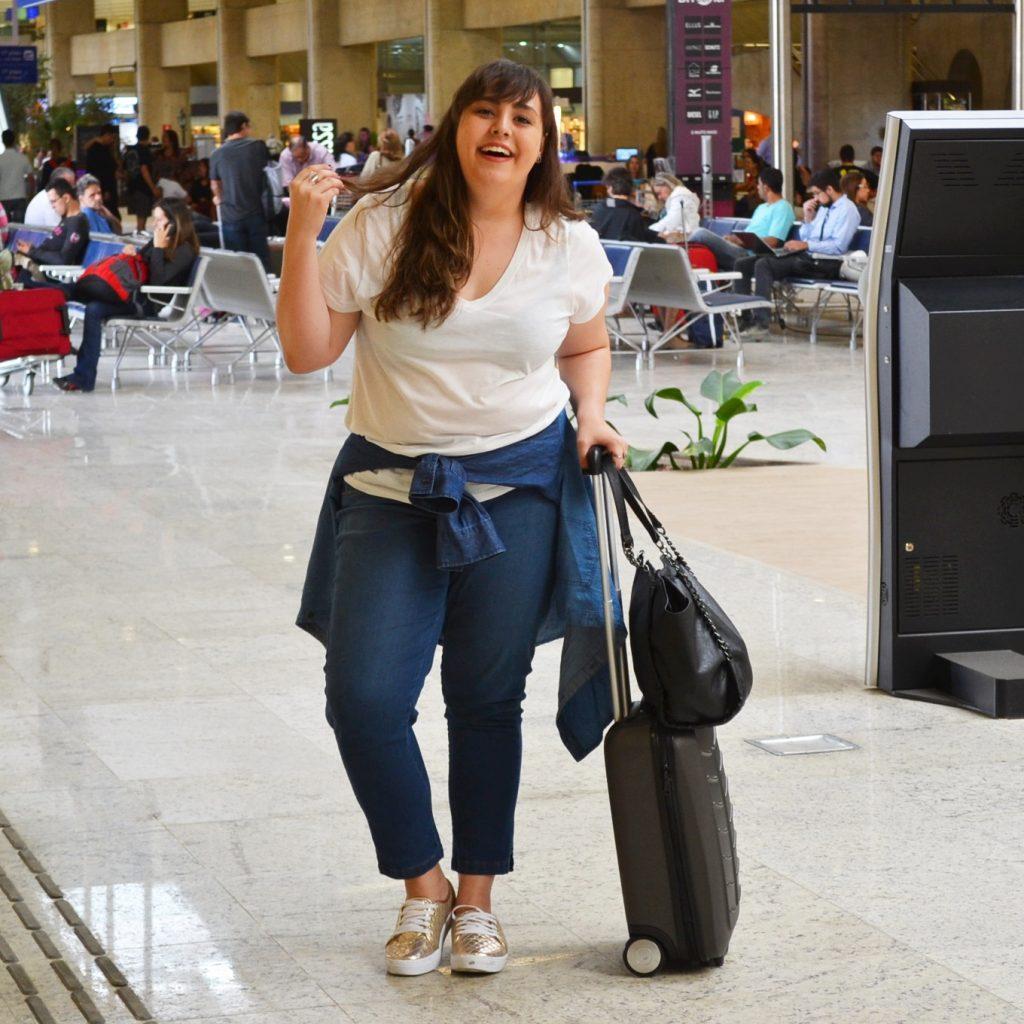 Look plus size para aeroporto