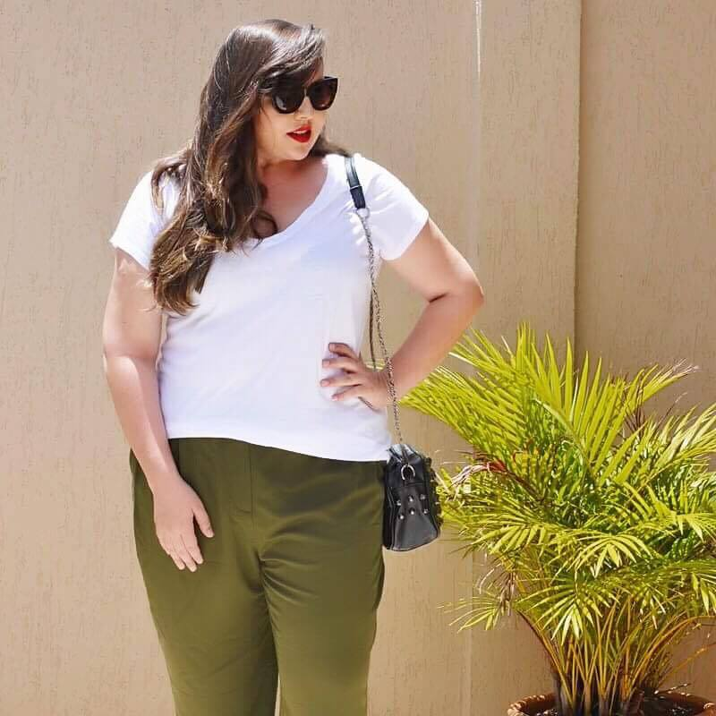 look-plus-size-com-calca