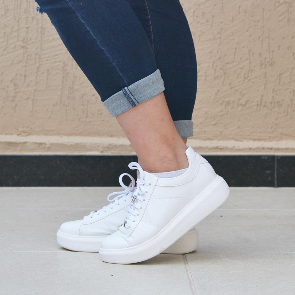 tênis branco com plataforma