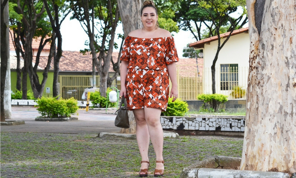 Look plus size com macaquinho